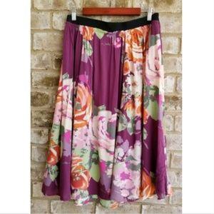 Old Navy SZ XL Purple Multi color Skirt Flowing